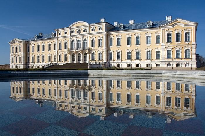 Rundale Palace Latvia singles