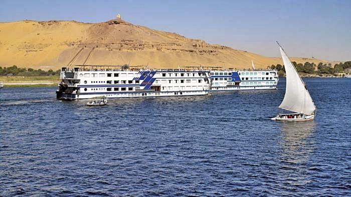 egipto puente diciembre cruceros solteros