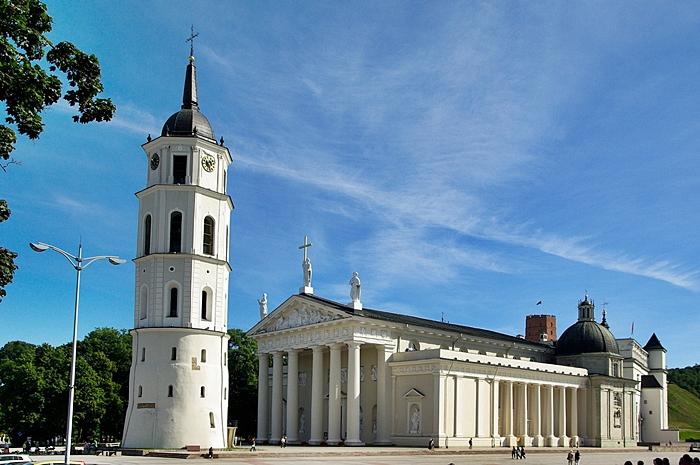 lituania semana santa viaje single
