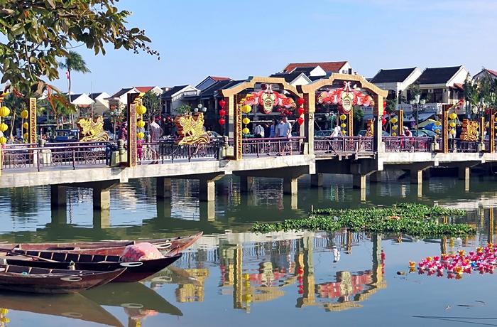 vietnam agosto viajes single happy singles